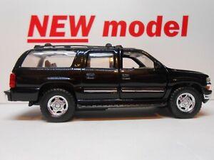 TOY CAR CHEVROLET SUBURBAN AMERICAN MODEL CAR BOY DAD BIRTHDAY PRESENT GIFT NEW