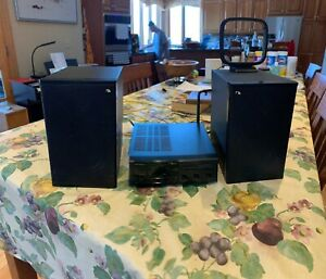 Nakamichi R1 Stereo AM/FM/AUX Receiver (Mini) With Speakers