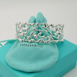 Tiffany&Co. Sterling Silver 925 Paloma Picasso Medium Olive Leaf Cuff Bracelet