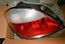GENUINE HELLA 9EL-160-467-011 REAR LEFT LIGHT LAMP ASSEMBLY ASTRA H 05/04->2007