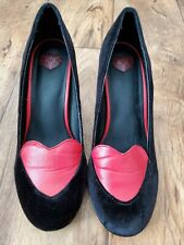 Tuk heels black and red size 9