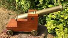 Miniatura Vintage Bronce/Bronce cañón sobre Base De Madera *