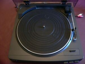 Vintage AIWA Stereo full automatic Turntable System PX-E855