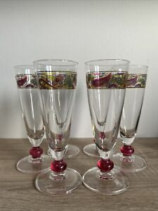 6 Champagne / Wine Fluted Glasses With Paisley Pattern Rim
