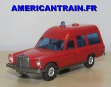 Mercedes-Benz 200 ambulance Pompier / Feuerwehr HO 1/87 Wiking
