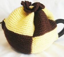 *HANDKNITTED* TEA COSY - Choose your own sports team colours!