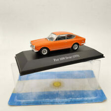 Fiat 128 Europa Coche Modelo 1978 Luz Oro 1:43 Escala Ixo BERLINA Display Case K