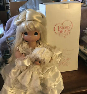"""2004 Precious Moments """"A Mother's Love"""" 12"""" Blonde Doll W/Baby Item No 4310 New"""