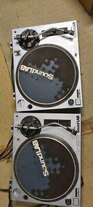 Pair Of Soundlab dj vinyl turntable Decks , belt driven.