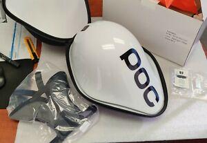 POC Tempor helmet Hydrogen White Size M-L *glue part is split a bit Read and PIC