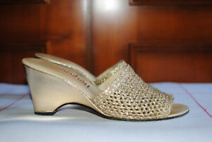 Mules femme, HEYRAUD, cuir, pointure 37.5, dorées, talon 8 cm.