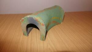AG60:  Triang TT Scale 1960's Wooden Tunnel