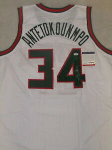 GIANNIS ANTETOKOUNMPO  Hand Signed Jersey + PSA DNA COA  Milwaukee Bucks