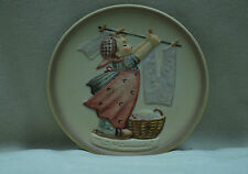 Goebel Hummel #746 ''Wash Day''  2nd Edition Mini Plate 1989. Made in Germany.
