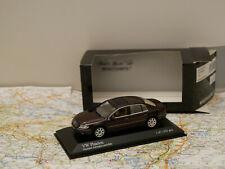 MINICHAMPS VW PHAETON 2002 AUBERGINE ART.400051001 NEW 1:43