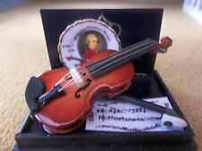 Reutter porcelain Dolls House 1:12th Scale Accessory Violin & Plate (17288)