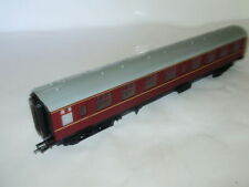 C-8 Like New Plastic OO Scale Model Train Carriages