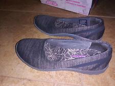 NEW $55 Womens Skechers Reggae Fest Dread Knit Flat shoes, size 8