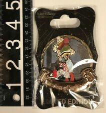 Disney WDI D23 Expo 2017 Pirates of the Carabbean Pirate with Loot LE 300 pin