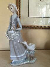 LARGE LLADRO #4815 GIRL WITH GOOSE VERY RARE RETIRED MINT!!