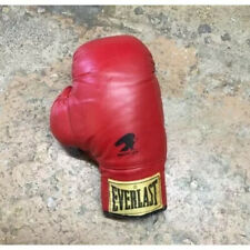 Vintage Everlast adult boxing glove made in USA 12oz boxer Red Leather Sports