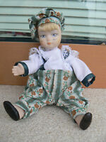 NUOVO Bambola bambolotto porcellana Edelweiss France Les Poupées Carine