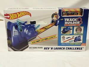 BRAND NEW HOT WHEELS REV N LAUNCH CHALLENGE track builder system new sealed cars