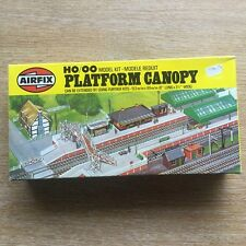 Airfix Platform Canopy Plastic Model Kit HO/OO Gauge Item Number 03604-5