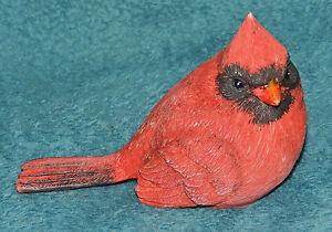 ADORABLE RESIN RED CARDINAL BIRD FIGURINE! SHELF SITTER! CHRISTMAS 2