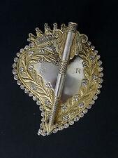 Enseigne de chapeau coeur couronné argent massif XVIIIe Haute époque  Noblesse