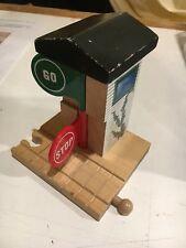 Thomas and Friends Wooden Stop and Go Station Train Clickty Clack Track