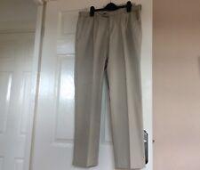 Brax Eurex Trousers. 34S Uk Size . Beige . Zip Fly. Straight Leg.