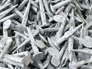 1.3cm 13mm Taglio Gimp Puntine Chiodini Rivestimento Tessuto Nail Colorato Panna