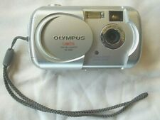 OLYMPUS CAMEDIA D-390 SILVER 2.0MP 2X DIGITAL CAMERA