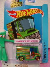 Case B/C 2015 i Hot Wheels BREAD BOX Delivery Truck #29∞Green;Yellow/Orange∞Art