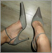 $285 ANNE KLEIN designer HEELS 8.5 pale grey suede leather POINTY SEXY STRAP VGC
