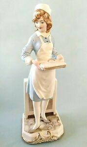 Statua in porcellana di Capodimonte statuina infermiera figura firmata Merli