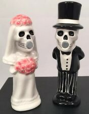 Wedding Skeleton Bride & Groom Ceramic Magnetic Salt and Pepper Shakers Set NEW