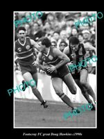 OLD 8x6 HISTORICAL PHOTO OF FOOTSCRAY FC GREAT DOUG HAWKINS c1990s