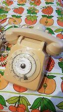 Ancien Téléphone à cadran Ivoire SOCOTEL S63 années 70 Vintage
