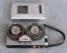 Dictaphone vintage AIWA à bande années 1960 avec télécommande à fil