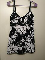 Mainstream Women's One-Piece Swimsuit Size 16 Swimdress Black White Floral