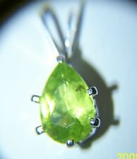 Pear-Shaped 1.5ctw9x6 Peridot Pendant inSterling Silver