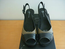 "WOMEN'S PURE COMFORT ""OPAL"" BLACK/TAUPE LEATHER WEDGE HEEL SANDALS SHOES SIZE 38"