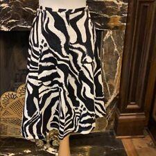 St John knit animal print skirt size 10 adorable
