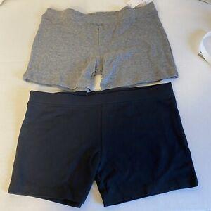 NEW boys GAP Kids 2 pairs Size Large (10) UNDERWEAR briefs 100% cotton