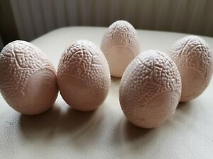 Topps 1992 Jurassic Park eggs with Toy Dinosaur