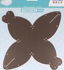 Die Artemio gabarit Boîte cadeau gâteau - base 6 x 6 cm - 1 matrice de découpe