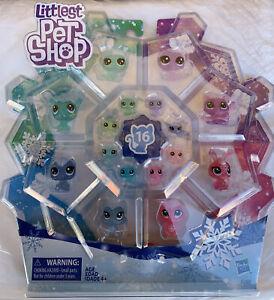 Littlest Pet Shop Kids Toys Frosted Wonderland Pet Pack.