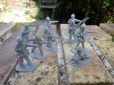 SOLDATS AMERICAIN WWII PLASTIQUE LOT de 9 figurines 50mm comme neuf, voir photos